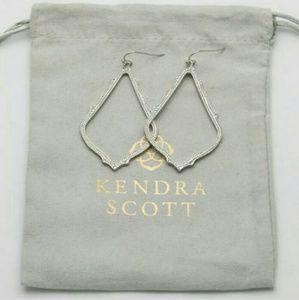 New Kendra Scott SOPHIA Earrings in Silver